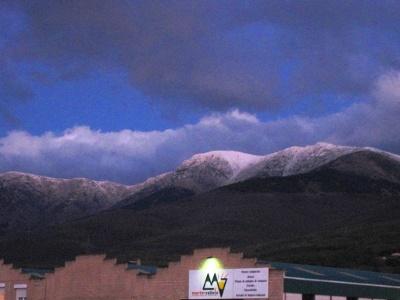 verschneite Berge im Apri - eher selten
