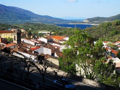 Blick zurück auf Baños de Montemayor