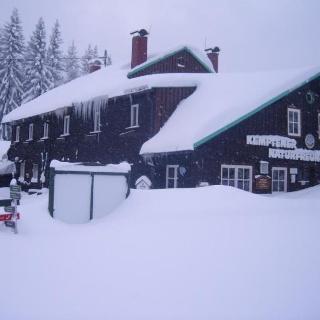 Kemptener Naturfreundehaus im Winter