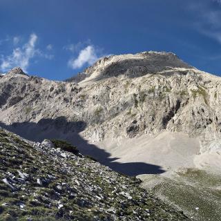 Felsszenerie oberhalb des Wilde-Band-Steigs