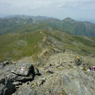 Aufstieg zum Rastkogel vom Gipfel gesehen