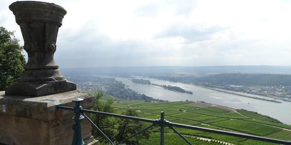 Aussicht auf den Rhein vom Denkmal