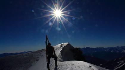 Ausstieg von der Flanke am Schneesattel