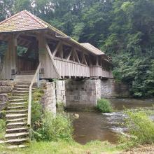 Brücke über Jagst. Toller Platz zum Rasten.