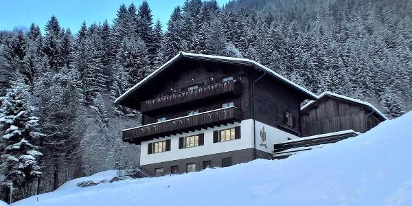 Alpenliebe_Montafon_-_Hausansicht_2