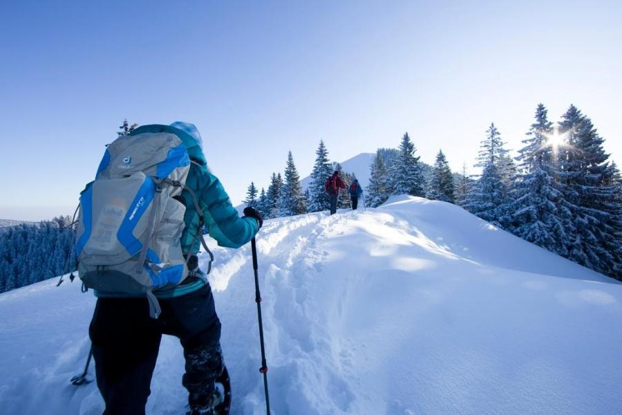 Schneeschuhwandern in der Alpenregion-©Quelle: Kommunalunternehmen Alpenregion Tegernsee Schliersee
