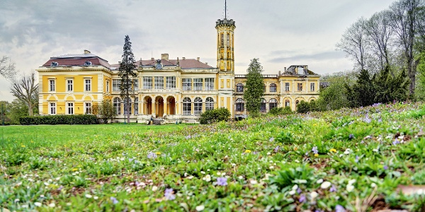 A füzérradványi Károlyi-kastély