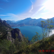 Blick auf Gardasee, Torbole und Riva