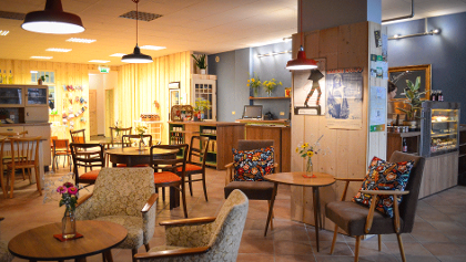 ROTFUCHS - Café und Gemischtwarenhandlung