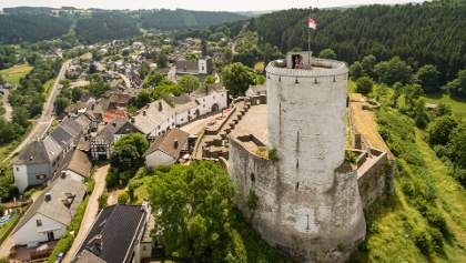 Partnerweg des Eifelsteiges: Burgen-Route (Burg Reifferscheid)