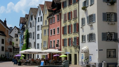 Arcasplatz – malerisch und mittelalterlich.