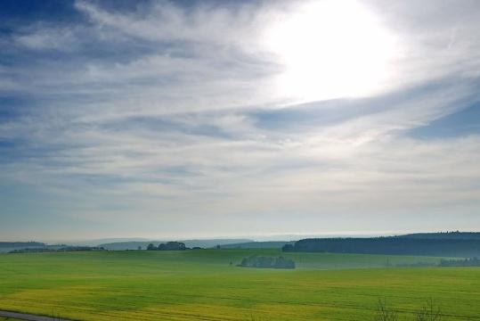 Blick Richtung Pfälzerwald und Nordvogesen