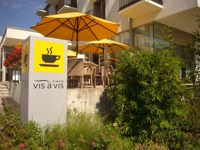 Hegen - Café Vis á Vis im VCH-Hotel St. Elisabeth