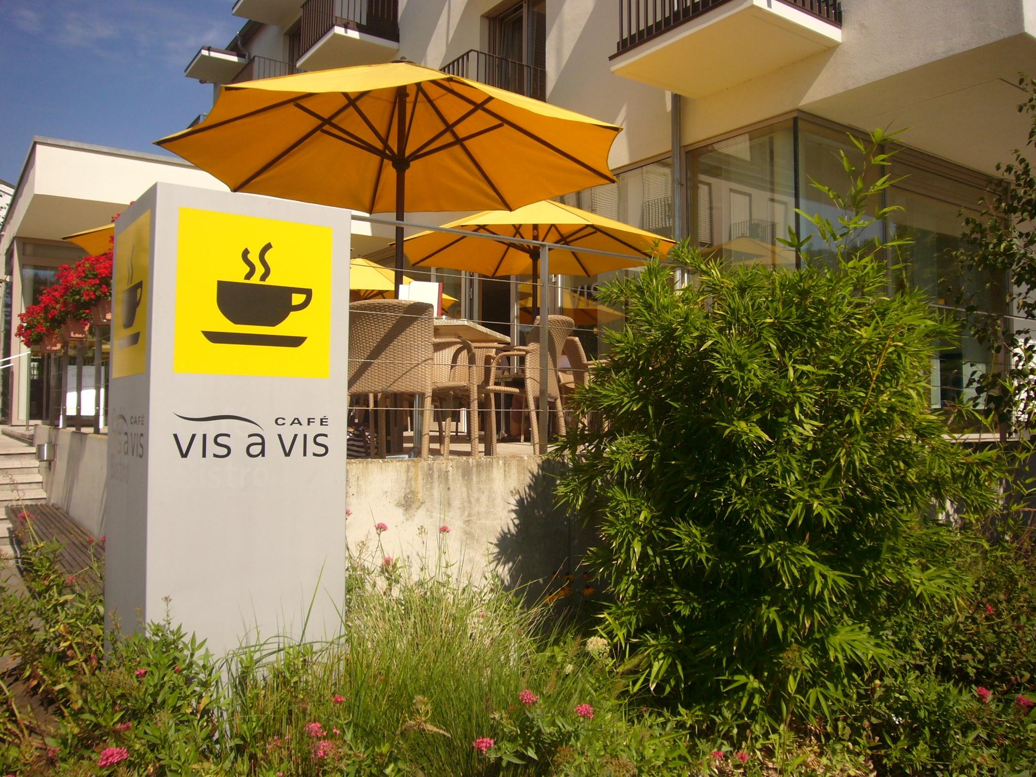 Hegne - Café Vis à Vis im VCH-Hotel St. Elisabeth