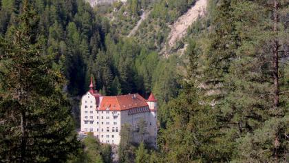 Märchenschloss Kurhaus Val Sinestra.