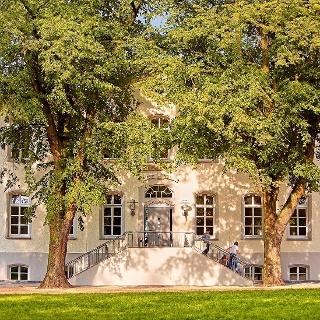 DJH Jugendgästehaus Petershagen - Außenansicht