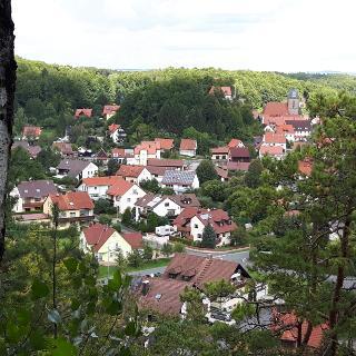 Blick auf Betzenstein vom Gerhardfelsen