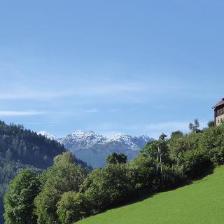 Blick von Laas auf die Berge