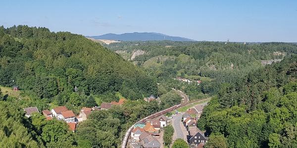 Blick Richtung Brocken und Baumannshöhle