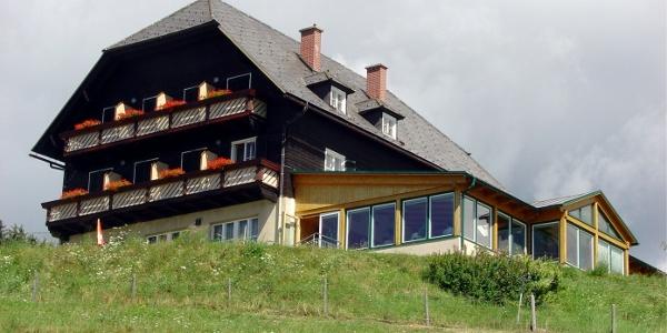 Lavamünd- Panoramahotel Almhof