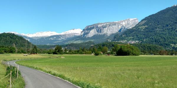 Blick von Bonaduz zum Vorab Gletscher