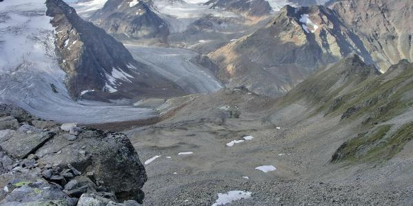 Blick vom Pitztaler Jöchl auf die Braunschweiger Hütte