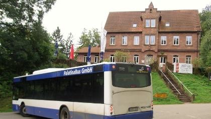 Mit dem Wanderbus zum Forsthaus Heldenstein