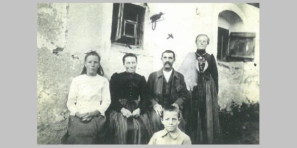Weißes Kreuz Familie Schwarzhans 1921