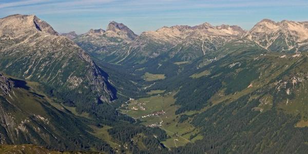 Blick auf das Lechquellengebirge
