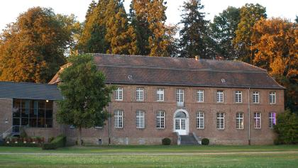 Haus Hohenbusch im Herbst