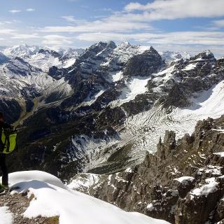 Hier geht es nun steil hinauf zum Gipfel