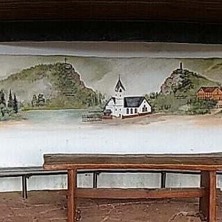 Vogelsfelsen-Schutzhütte