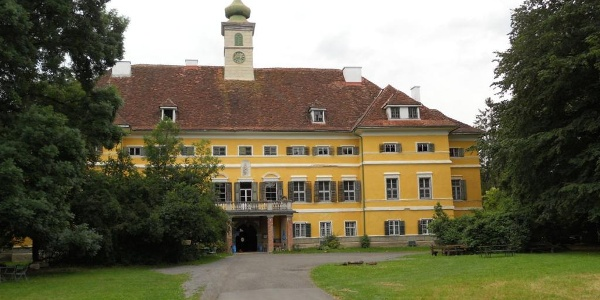 Schloss Poppendorf-Lisafeld in Poppendorf bei Gnas