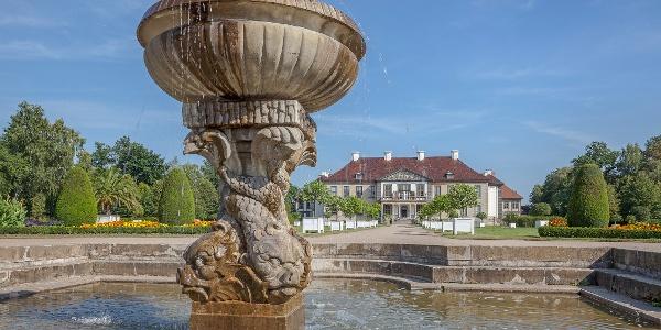 Delfinbrunnen im Schloßpark Oranienbaum
