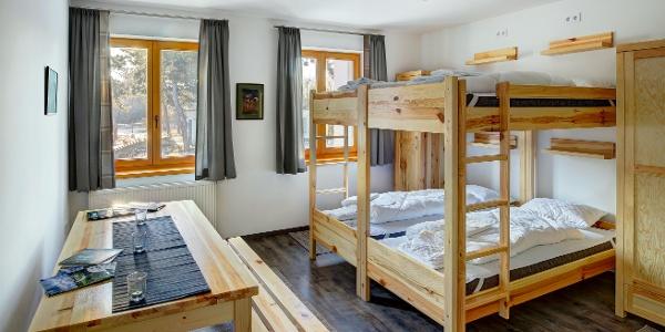Ízlésesen berendezett szobák (Rotter Lajos Turistaház)
