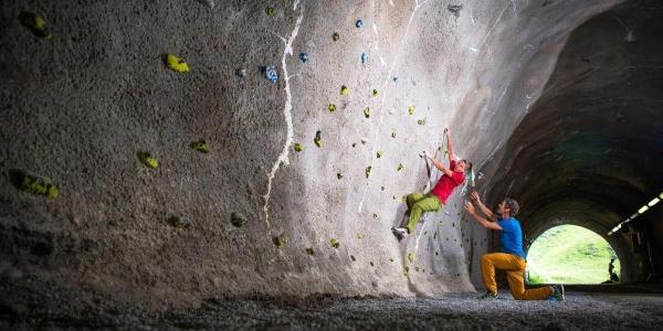 Bouldern im Skitunnel Hochjoch