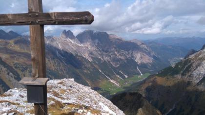 Ausblick von der Gargglerin ins Gschnitztal