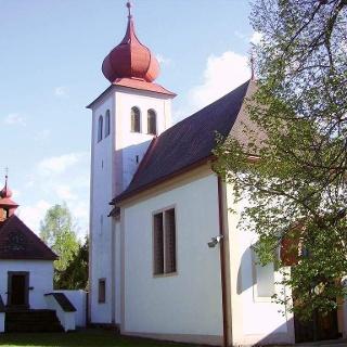 Heiliger Berg_Kirche im Frühling
