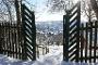 Weinberg am Berentroper Berg im Winter mit Blick auf Neuenrade