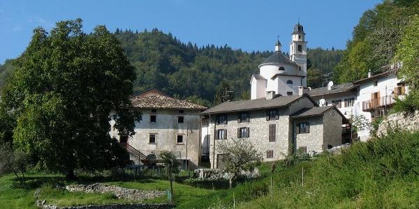 L'abitato di Piccoli
