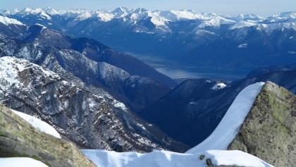 Blick vom Munzelüm auf Locarno und Lago Maggiore.