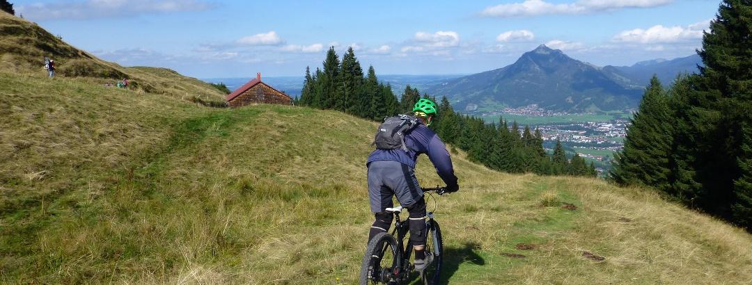 Biker auf dem Panoramaweg-Trail