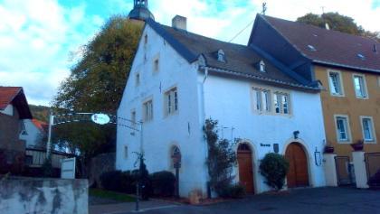 Start am historischen Rathaus in Simmertal