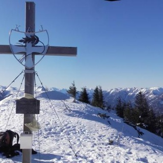 Gipfel Gr. Zellerhut gegen Gesäuse