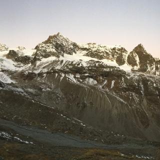 Morgendämmerung mit blick auf das Silvrettahorn