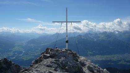 Am Gipfel des Kleinen Solstein (2643 m)