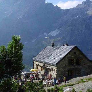 Cabane de Krönten