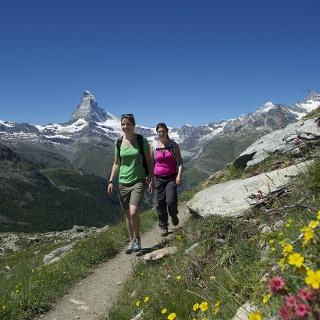 Hiking around the peak Rothorn