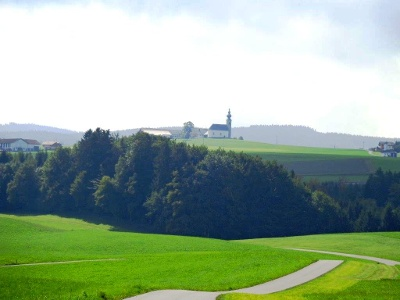 Sommerholzkirche bei Oberhofen