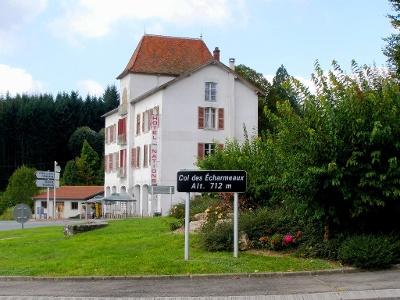 Hotel Les Nations am Col des Echarmeaux